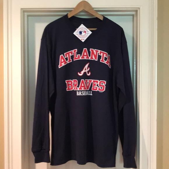 timeless design 7f097 30ed2 Fanatics Atlanta Braves long sleeve T shirt. NWT NWT